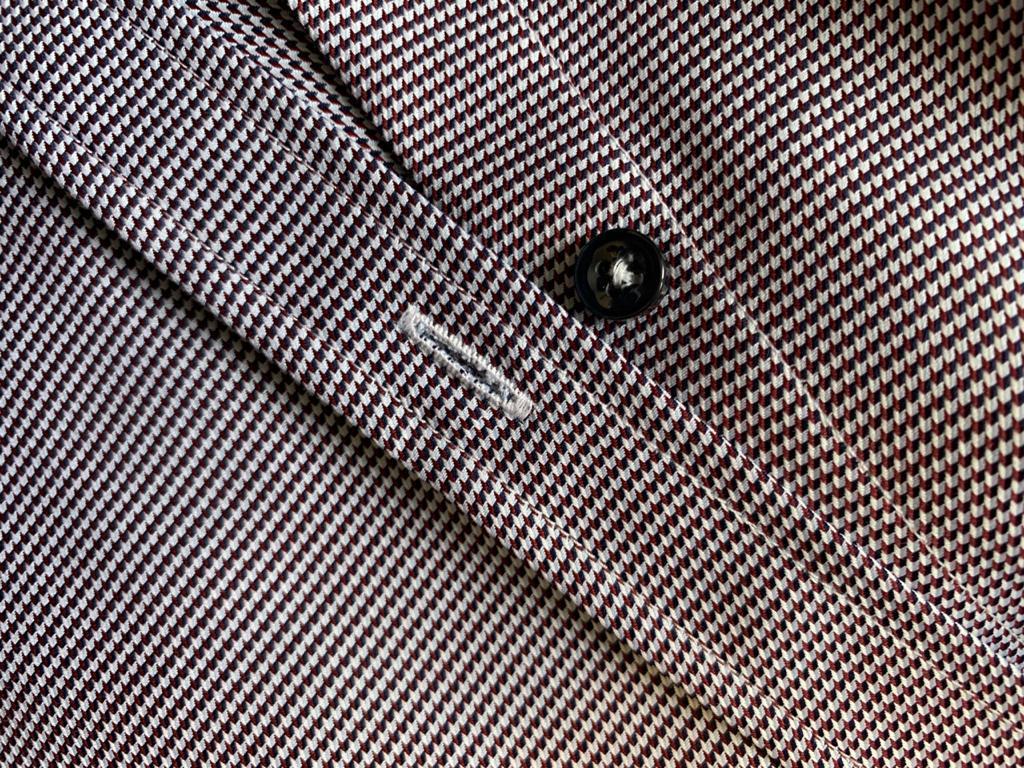Машинная обработка петли на рубашке